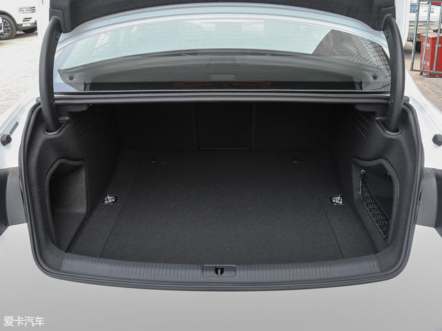 一汽-大眾奧迪2017款奧迪A4L