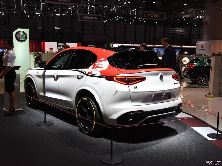 阿爾法·羅密歐 Stelvio 2019款 Quadrifoglio QV賽車版